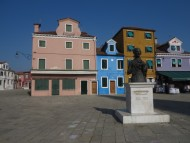 modules/mod_lv_enhanced_image_slider/images/demo/Burano (31).jpg
